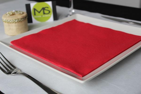 servilleta desechable tissue seco rojo